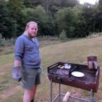 Ralf beim Grillen